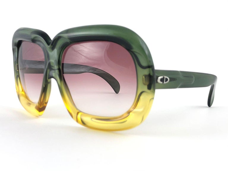 New Vintage Christian Dior D10 Huge Two Tone Amber & Green Optyl Sunglasses For Sale 4