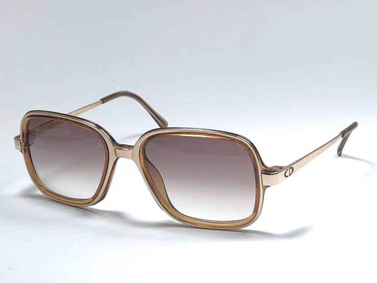 Men's New Vintage Christian Dior Monsieur 2057 Gold Amber Sunglasses 1970's Austria For Sale