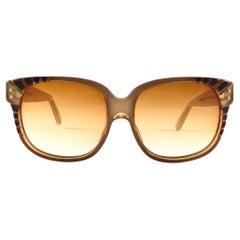 New Vintage Emanuelle Khanh Paris 8080 E Honey Gradient Lens Sunglasses France