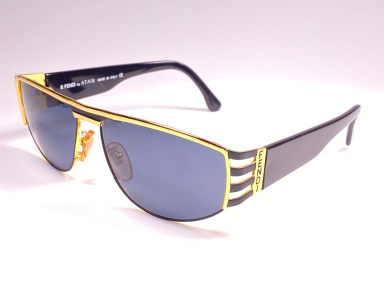 Women's or Men's New Vintage Fendi FS242 Mask Black & Gold Large 1990 Sunglasses Made in Italy For Sale