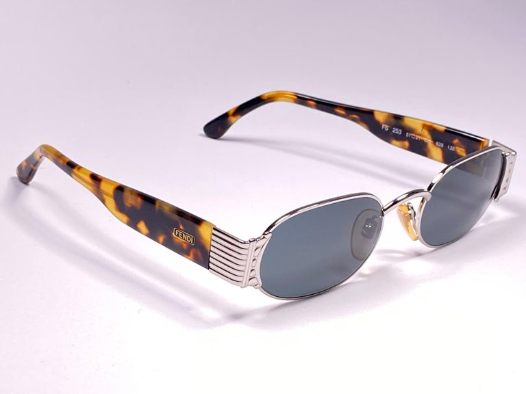 New Vintage Fendi FS253 Tortoise & Silver Large 1990 Sunglasses Made in Italy For Sale 1
