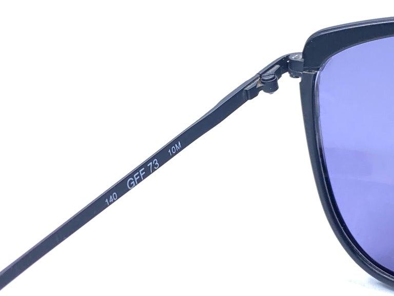 New Vintage Gianfranco Ferré GFF 73 Gold / Black 1990  Italy Sunglasses For Sale 1