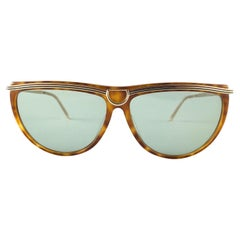 New Vintage Gucci 2303 S Tortoise & Gold Accents Sunglasses 1990's Made in Italy