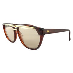 New Vintage Gucci 2321 Tortoise & Gold Accents Sunglasses 1990's Made in Italy