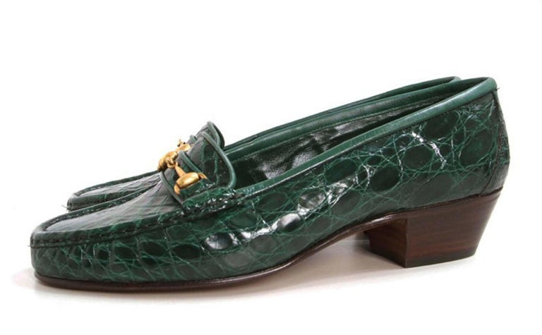 New Gucci Crocodile Women's Loafers Designer size 36.5 B - US 6.5 B Genuine crocodile skin, Gold-tone horsebit accent, Leather sole & insole. Stacked heel - 1.25 inches Made in Italy New without box. Unfortunately, due to restrictions, this loafers