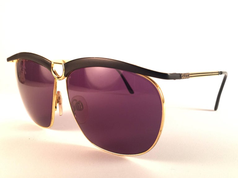 Brown New Vintage Gucci GG  Black & Gold Sunglasses 1990's Made in Italy For Sale