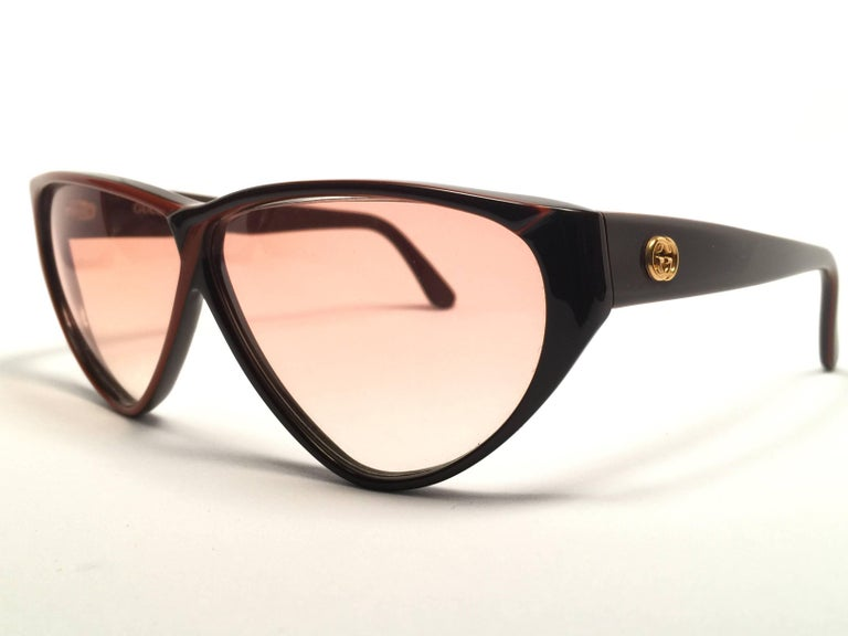 73f5b09c35 Women s New Vintage Gucci GG Brown   Amber Sunglasses 1980 s Made in Italy  For Sale