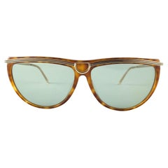 New Vintage Gucci Tortoise & Gold Accents Sunglasses 1990's Made in Italy
