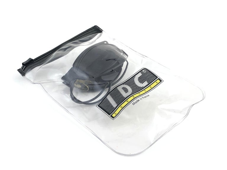 New Vintage IDC G1 Marithe Francois Girbaud Folding Black mate Sunglasses France For Sale 7