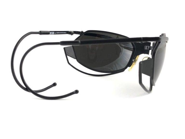 New Vintage IDC G1 Marithe Francois Girbaud Folding Black mate Sunglasses France For Sale 3