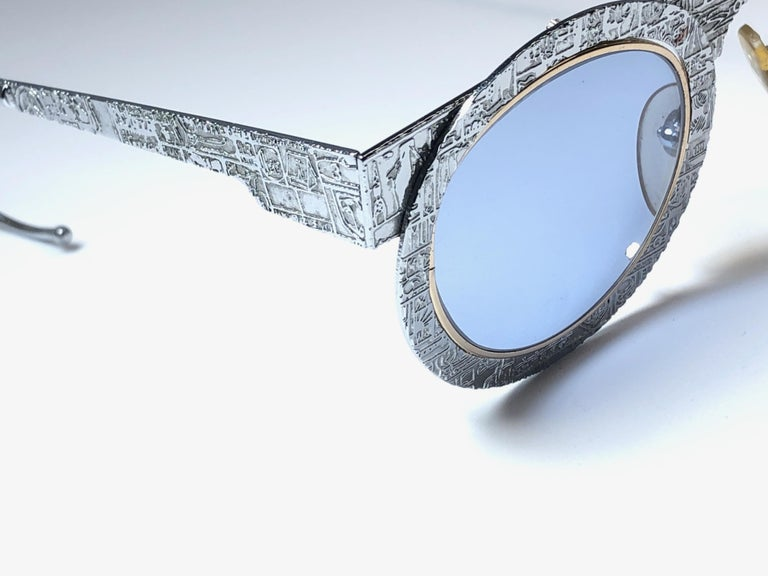 Women's or Men's New Vintage IDC Pour Marithe Francois Girbaud Round Silver Sunglasses France For Sale