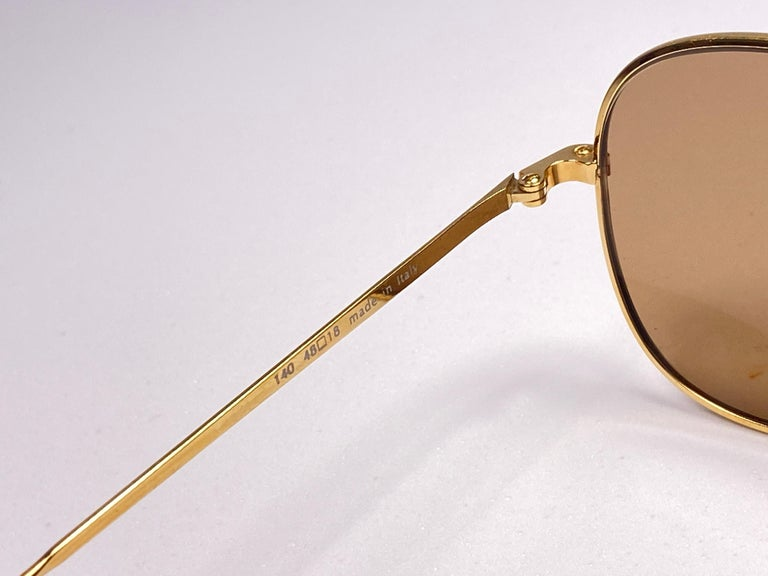 Women's or Men's New Vintage Moschino By Persol M17 Gold Mirror Sunglasses Made in Italy For Sale