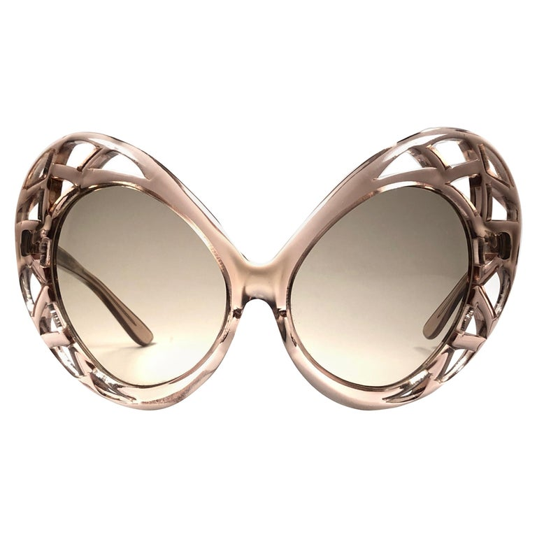 Oversize sunglasses, 1960s, offered by Nightwings