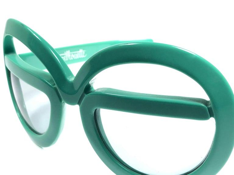 New Vintage Rare Silhouette Futura 562 Green Collector Item 1970 Sunglasses  For Sale 2
