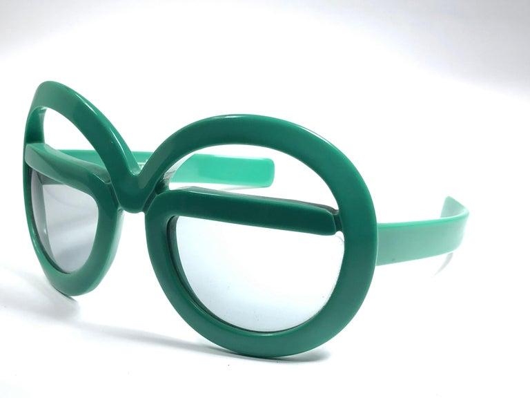 New Vintage Rare Silhouette Futura 562 Green Collector Item 1970 Sunglasses  For Sale 4