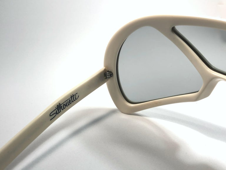 Women's or Men's New Vintage Rare Silhouette Futura 570 White Collector Item 1970 Sunglasses  For Sale