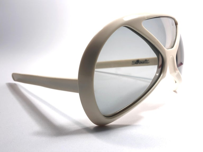 New Vintage Rare Silhouette Futura 570 White Collector Item 1970 Sunglasses  For Sale 2