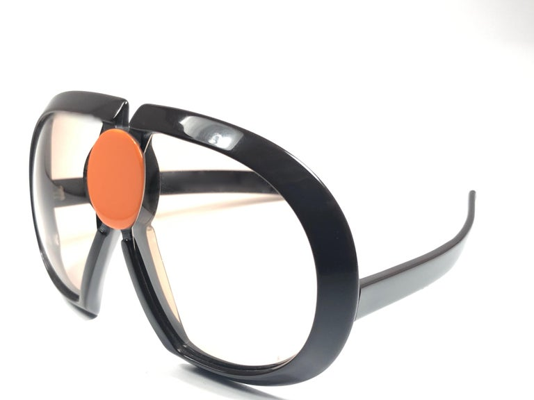 New Vintage Rare Silhouette Futura 571 Collector Item 1970 Sunglasses  For Sale 1
