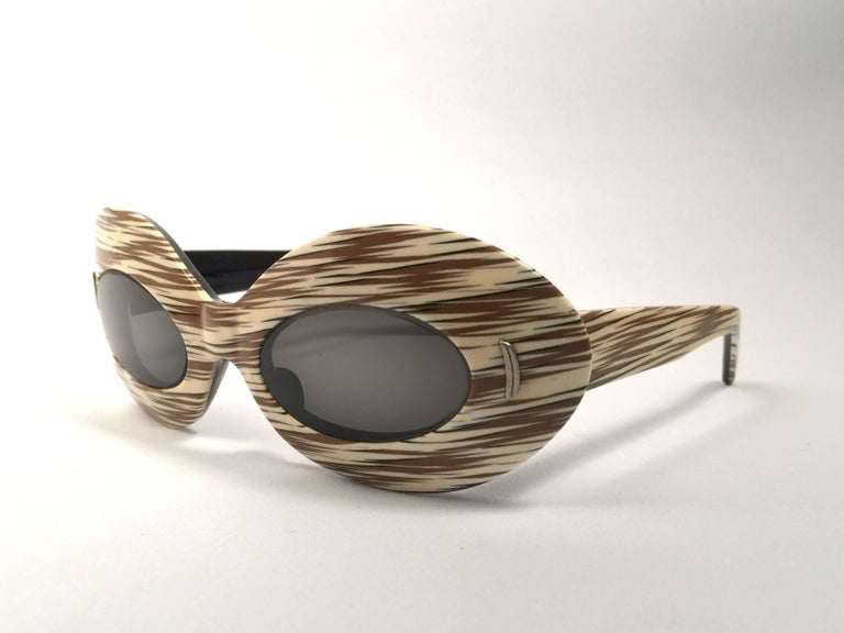 Brown Suntimer Victory Light Skimo Style Made in France Vintage Sunglasses, 1960   For Sale