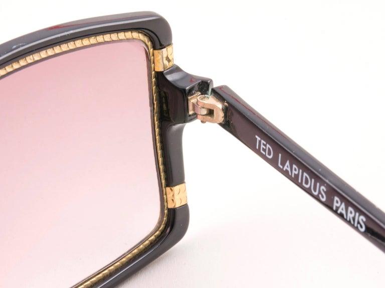 Women's New Vintage Ted Lapidus Paris TL 15 01 Gold & Black 1970 Sunglasses For Sale