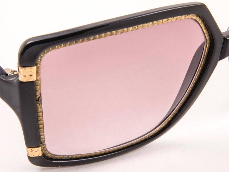 New Vintage Ted Lapidus Paris TL 15 01 Gold & Black 1970 Sunglasses For Sale 1