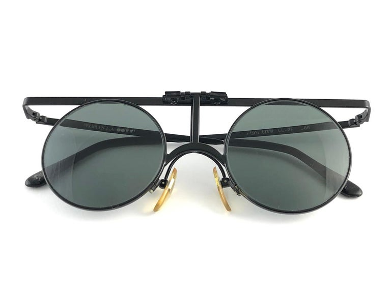 Gray New Vintage Ultra Rare & Iconic I'DENTITY For Andy Warhol 1986 Sunglasses For Sale