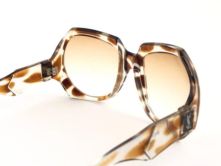 New Vintage Yves Saint Laurent YSL Giraffe 1980 France Sunglasses For Sale 1