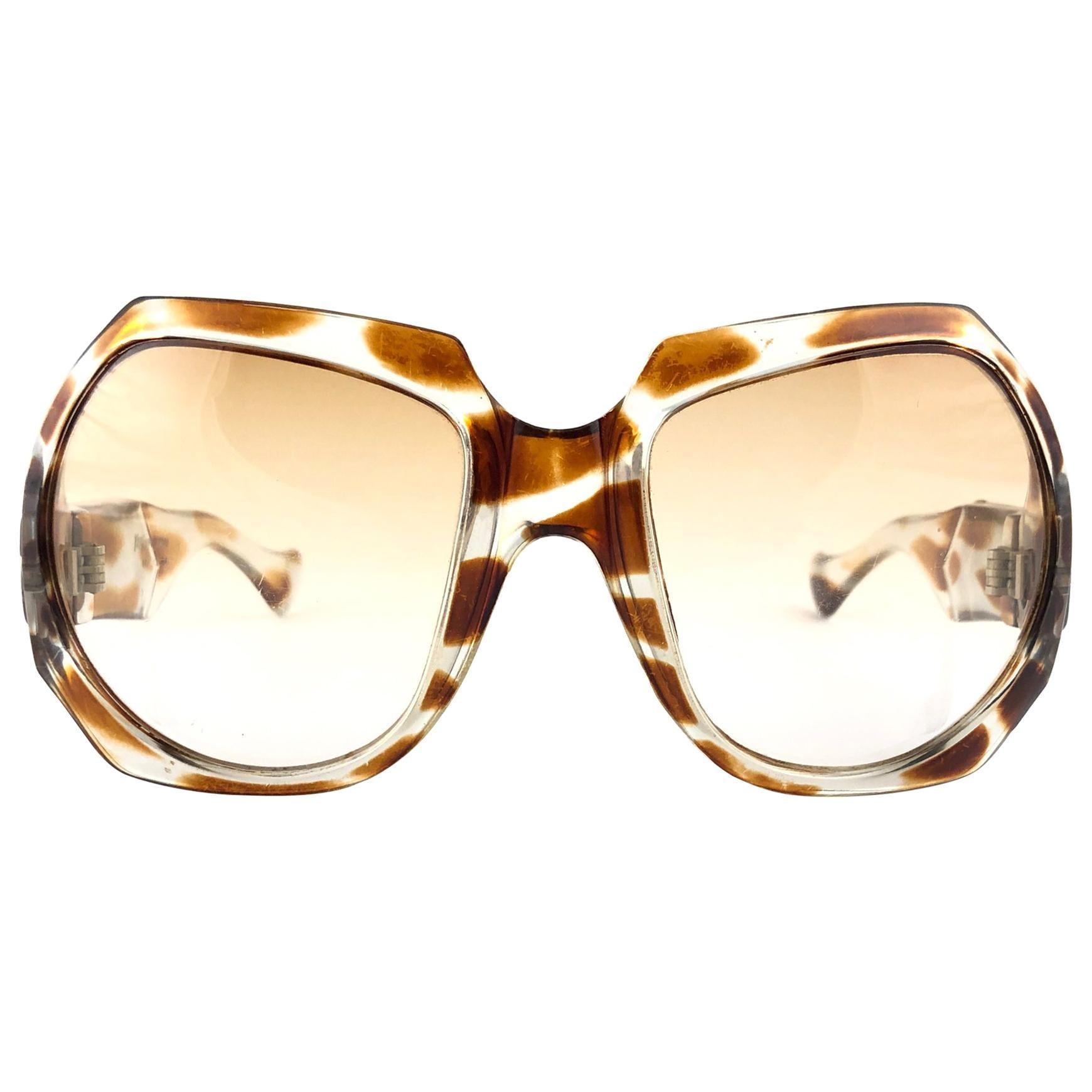 New Vintage Yves Saint Laurent YSL Giraffe 1980 France Sunglasses