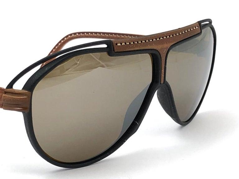 New Vintage Yves Saint Laurent YSL Oversized Leather 1980 France Sunglasses For Sale 2