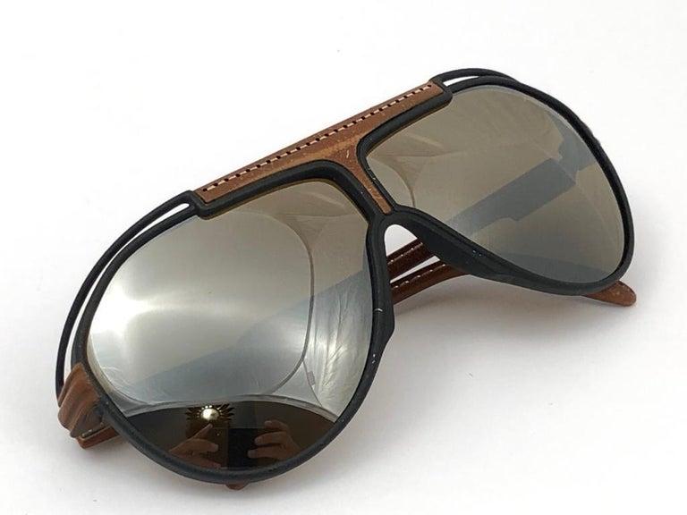 New Vintage Yves Saint Laurent YSL Oversized Leather 1980 France Sunglasses For Sale 4