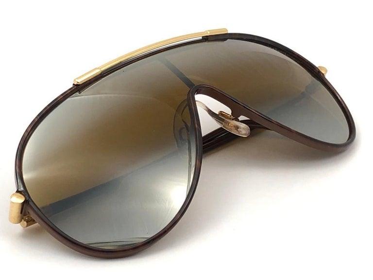 New Vintage Yves Saint Laurent YSL WINGS 8403 Oversized  1980 France Sunglasses For Sale 6