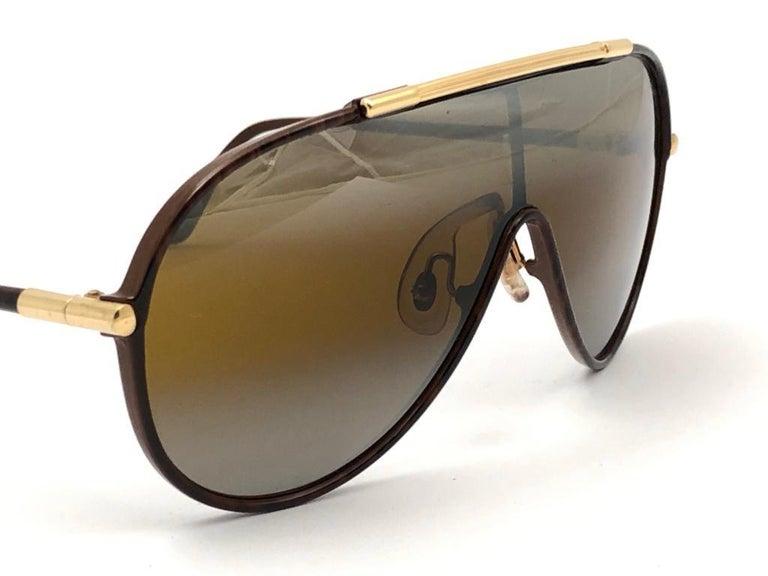 New Vintage Yves Saint Laurent YSL WINGS 8403 Oversized  1980 France Sunglasses For Sale 3