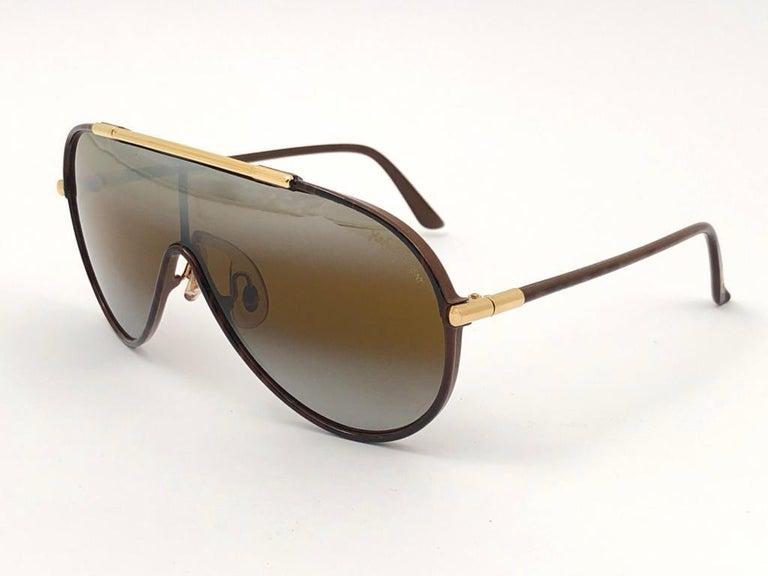 New Vintage Yves Saint Laurent YSL WINGS 8403 Oversized  1980 France Sunglasses For Sale 5
