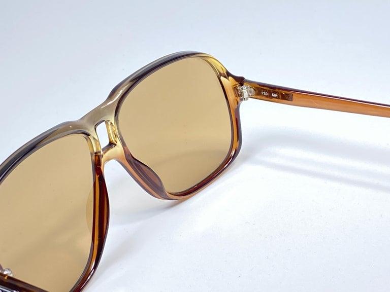 Men's New Vintage Zeiss 8062 Tortoise Frame Brown Lenses 1970's Sunglasses For Sale