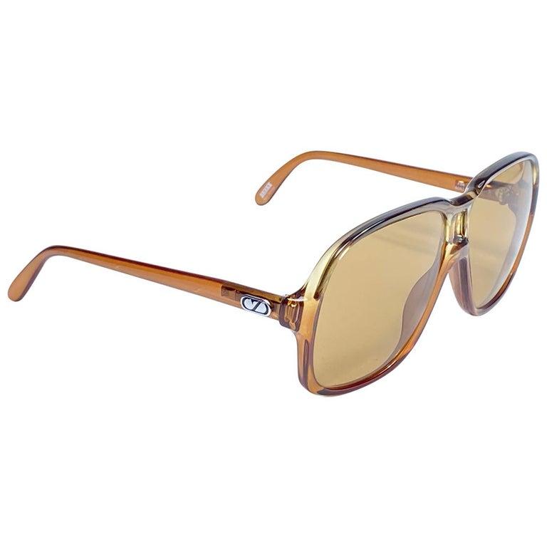 New Vintage Zeiss 8062 Tortoise Frame Brown Lenses 1970's Sunglasses For Sale