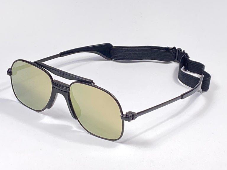 Beige New Vintage Zeiss Black Matte Frame Flat Lens Made West Germany 1970 Sunglasses For Sale