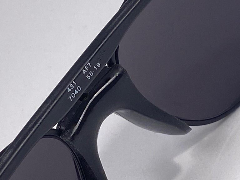 New Vintage Zeiss Black Matte Frame Mirror Lenses West Germany 1970 Sunglasses In New Condition For Sale In Amsterdam, Noord Holland