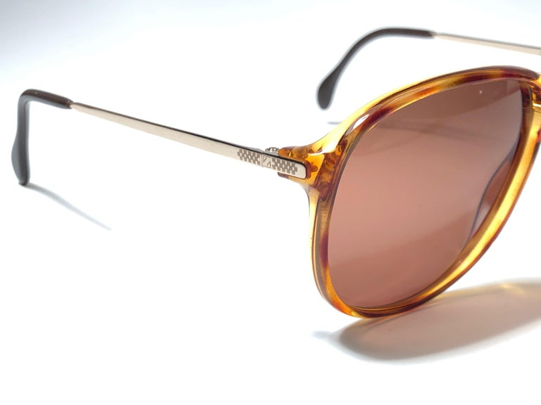 New Vintage Zeiss Tortoise Frame Brown Lenses 1970's Sunglasses In New Condition For Sale In Amsterdam, Noord Holland