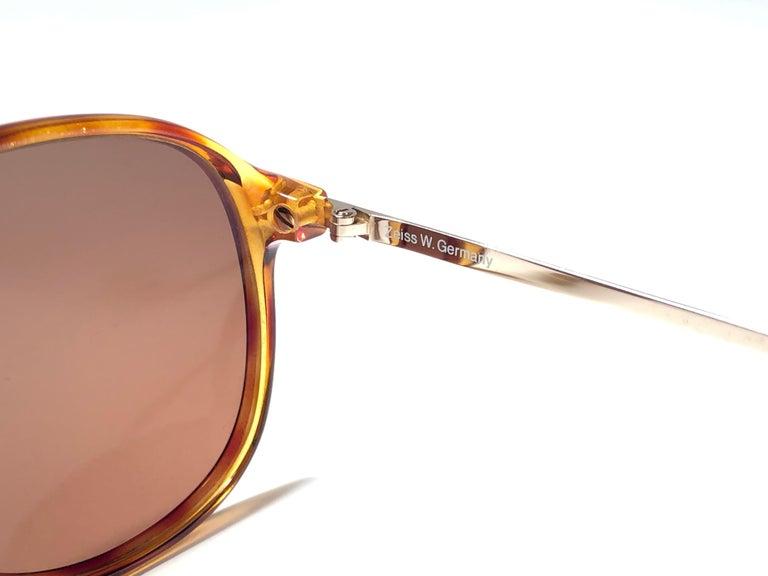 New Vintage Zeiss Tortoise Frame Brown Lenses 1970's Sunglasses For Sale 1