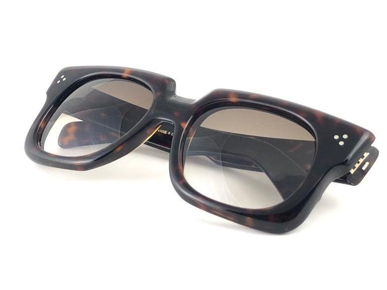 Black New Vintage Zollitsch 302 Dark Tortoise Robust Frame Gradient 1970 Sunglasses For Sale