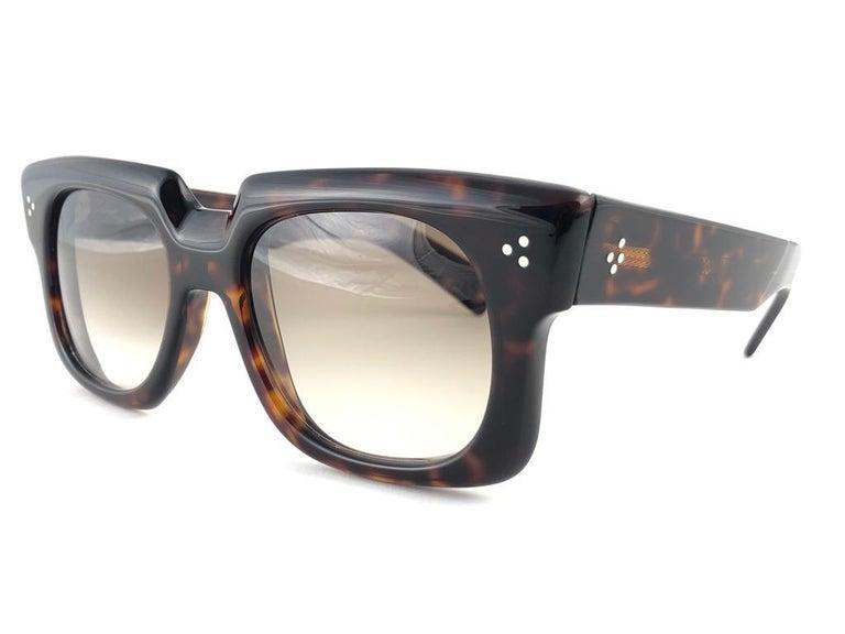 Women's or Men's New Vintage Zollitsch 302 Dark Tortoise Robust Frame Gradient 1970 Sunglasses For Sale