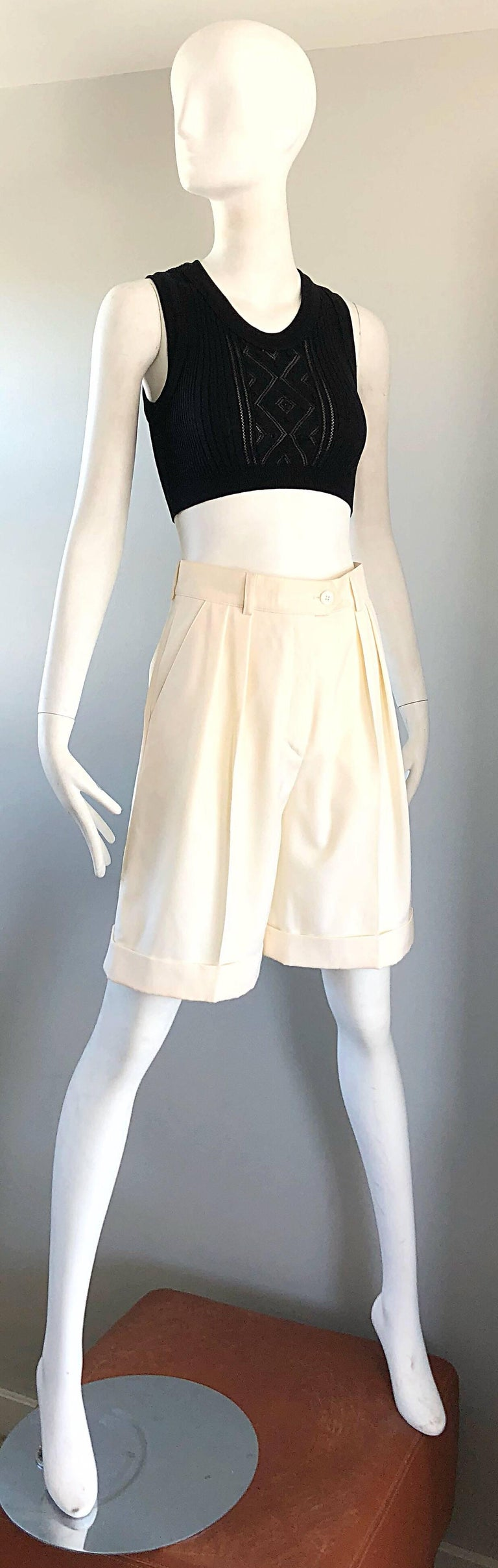 New w/ Tags Vintage Escada 1980s Ivory Wool Vintage Wide Leg Culottes 80s Shorts For Sale 5