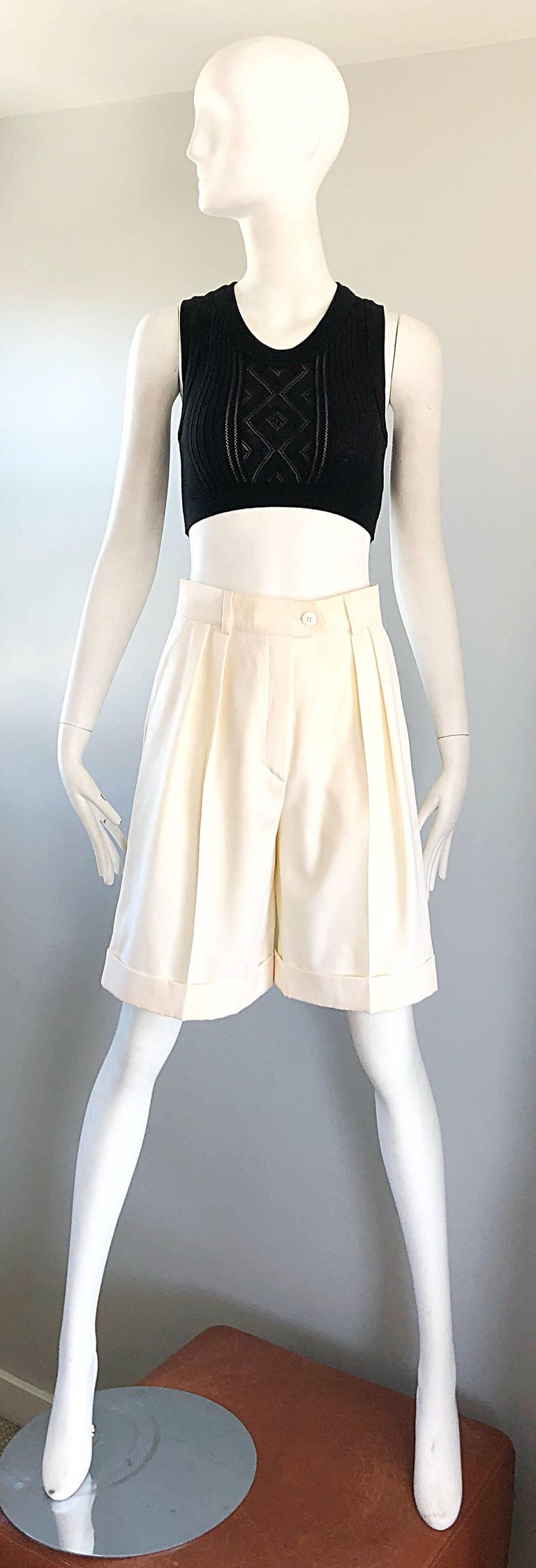 New w/ Tags Vintage Escada 1980s Ivory Wool Vintage Wide Leg Culottes 80s Shorts For Sale 7