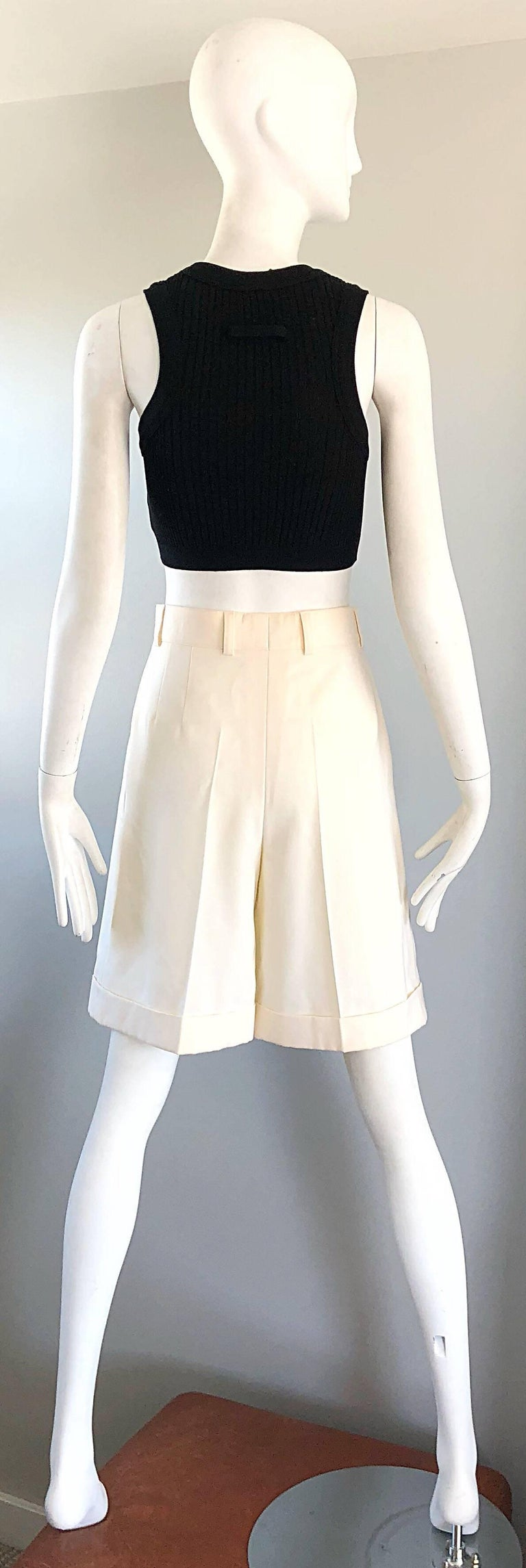New w/ Tags Vintage Escada 1980s Ivory Wool Vintage Wide Leg Culottes 80s Shorts For Sale 4
