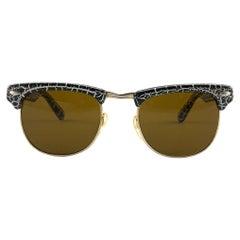 New Wayfarer Textured Black & White Lenses 1980's Sunglasses