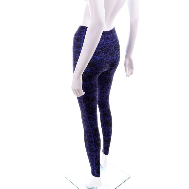 Women's or Men's New With Tags Alexander McQueen Blue & Black Abstract Print Leggings For Sale