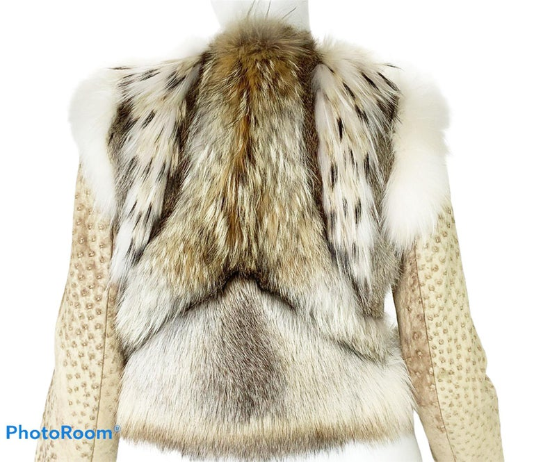 New Yves Saint Laurent Ostrich Shearling Fox Rabbit Fur Jacket It 40 - US 4 In New Condition For Sale In Montgomery, TX