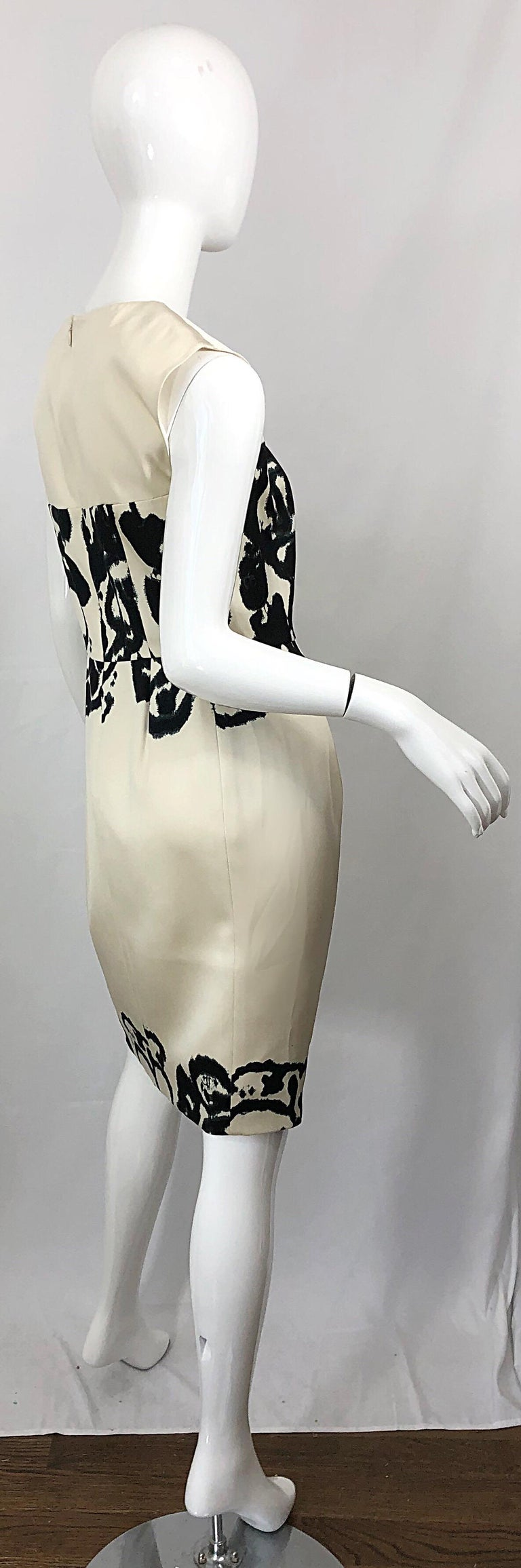 New Yves Saint Laurent Size 42 / 8-10 Ivory and Black Abstract Print Silk Dress For Sale 8