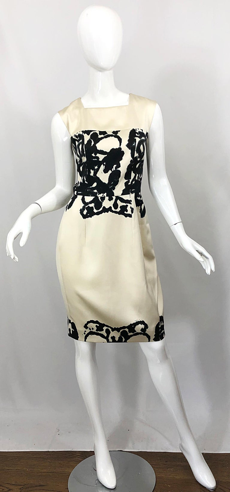 New Yves Saint Laurent Size 42 / 8-10 Ivory and Black Abstract Print Silk Dress For Sale 10