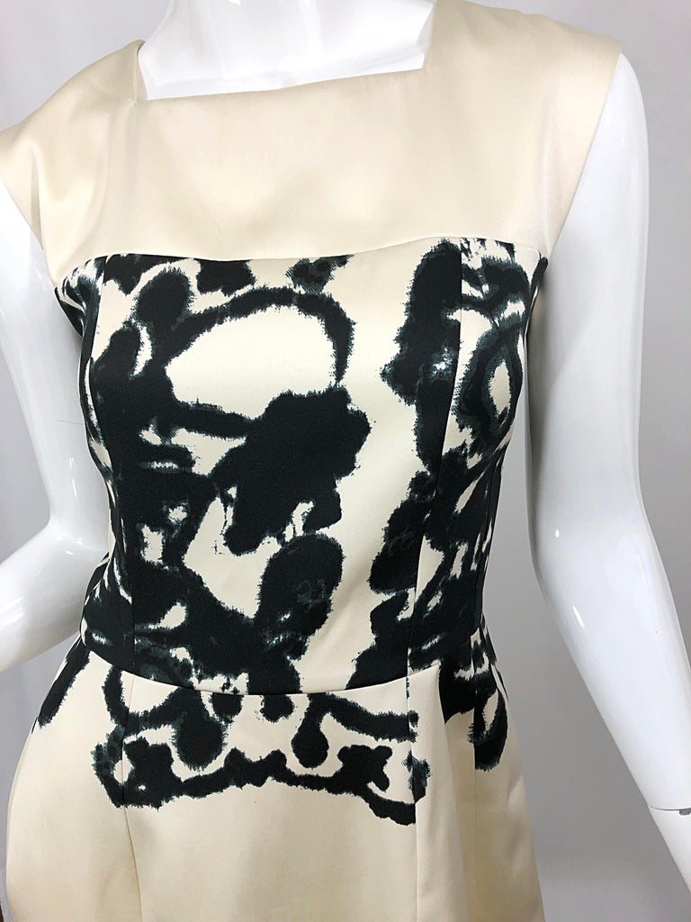 New Yves Saint Laurent Size 42 / 8-10 Ivory and Black Abstract Print Silk Dress For Sale 3